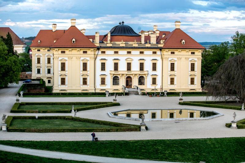 http://www.zamek-slavkov.cz/wp-content/uploads/park12.jpg