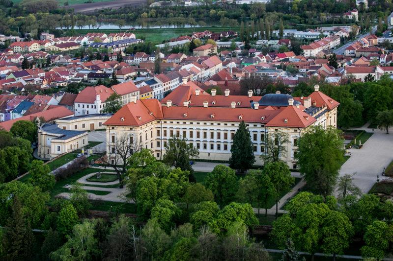 http://www.zamek-slavkov.cz/wp-content/uploads/park13.jpg
